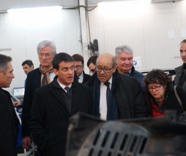 French Defence Minister visits Centigon's factory